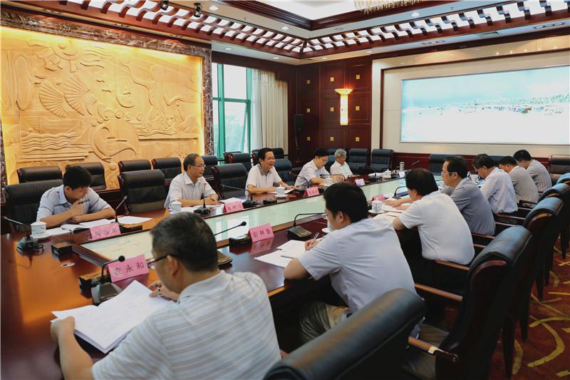 自治区人大常委会召开森林法和自治区实施森林法办法执法稽查工作汇报会