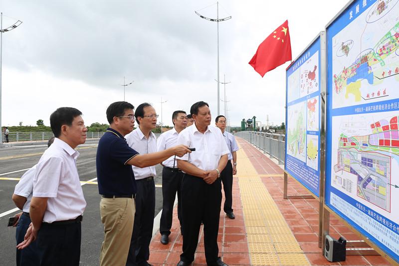 杨道喜率调研组赴崇左、防城港开展 全区2017年上半年计划、预算执行情况调研