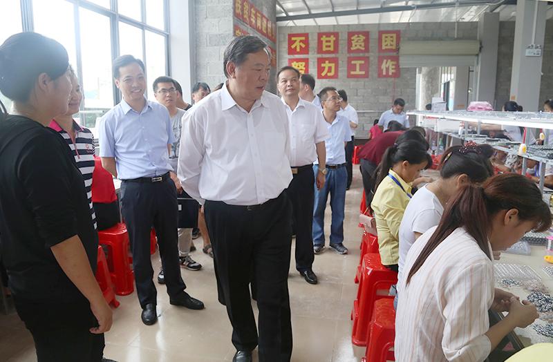 张秀隆赴百色市2018年度计划脱贫摘帽县开展协调推进工作