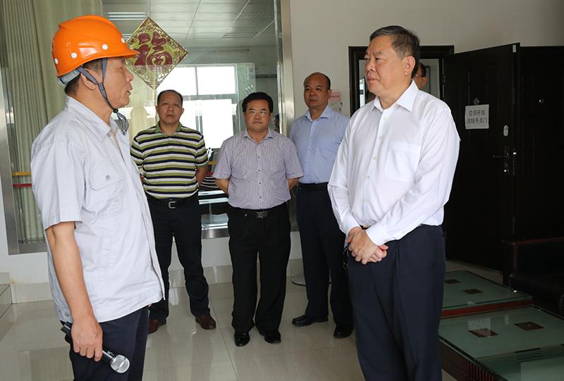 张秀隆率队赴来宾、柳州开展优化营商环境工作情况调研