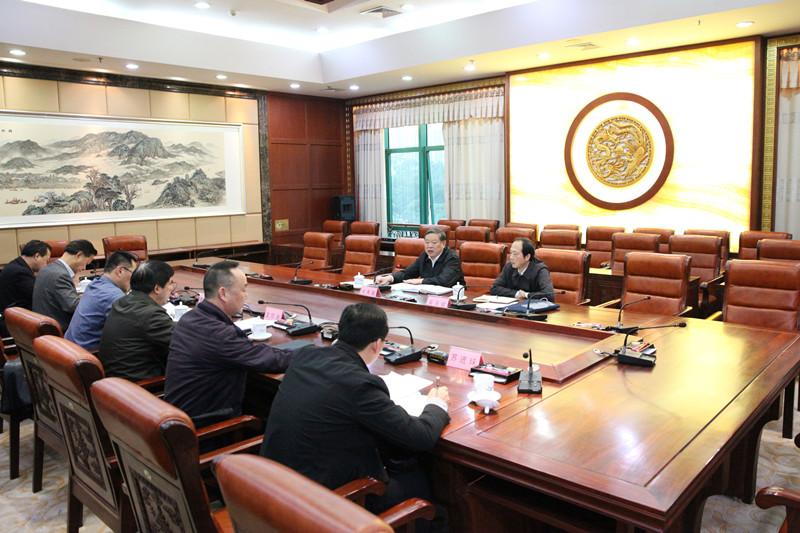 张秀隆出席全区2018年14个计划脱贫摘帽县 开展协调推进工作情况反馈会议