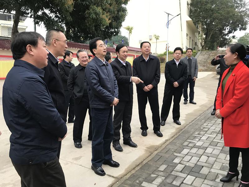 张晓钦赴百色调研代表履职平台建设