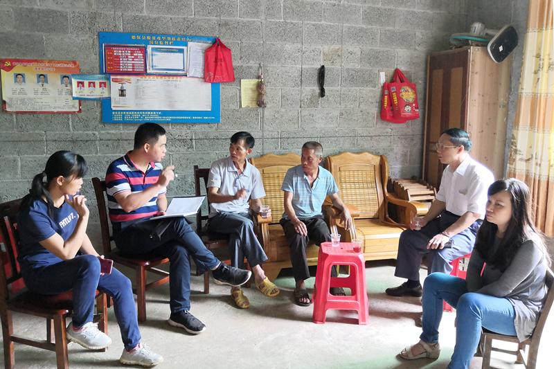 """自治区人大常委会办公厅赴德保县 开展脱贫攻坚调研和""""一帮一联""""活动"""